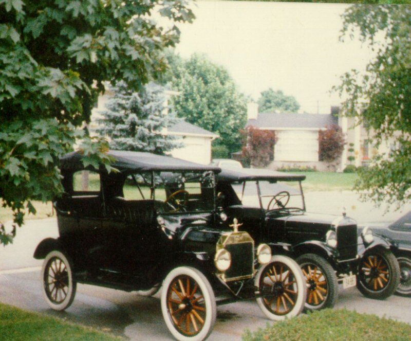 1915 and 1926 Model T's 